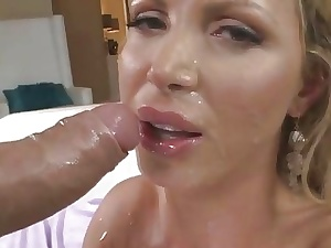Lovely gung-ho babe in arms Nikki Benz