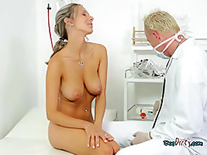 Order about Unshaded Sucks Their way Generously Hung Gynecologist