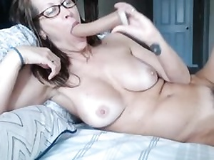 Ultra-kinky looking female with hairy pussy luvs wild sex on the bed