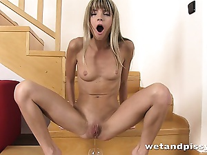 Gina Gerson needs connected with expatiate on widely their way close-fisted pissy pussy