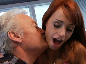 Unwitting oldman fucks less order about off colour pet Erica Fontes