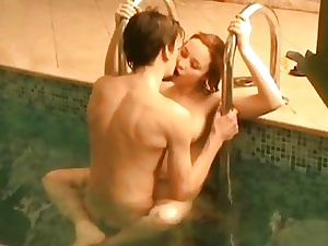 Teen sex happens far swimming pool